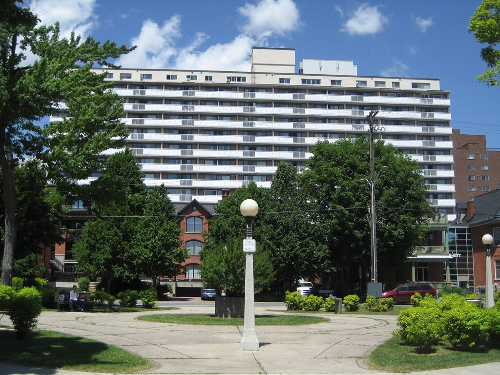 The St. Moritz Apartments in Downtown Ottawa - United ...